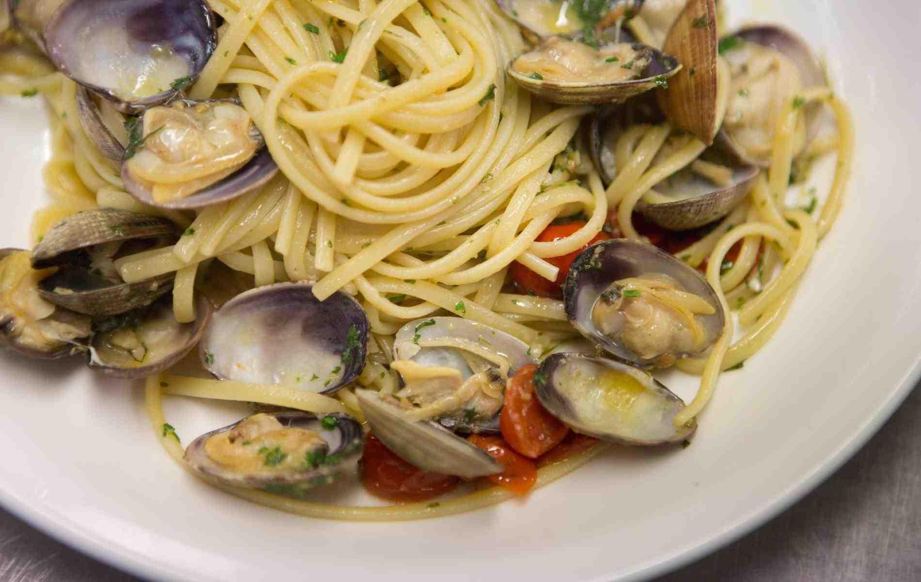 Où manger des moules et des frites en Normandie?
