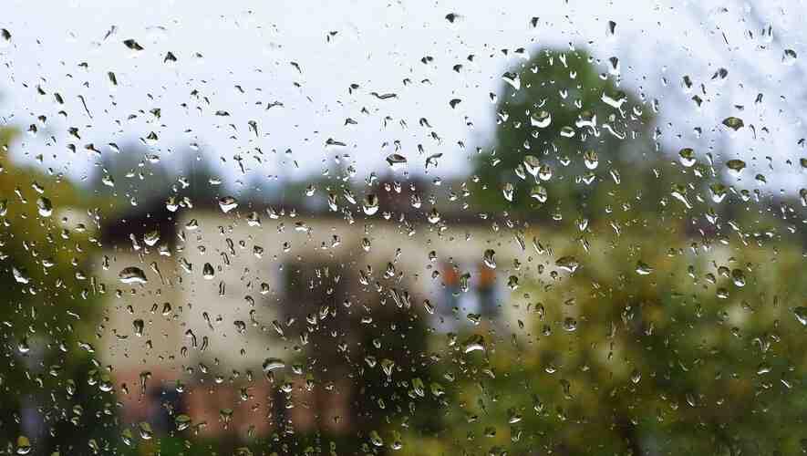 Pourquoi pleut-il tout?