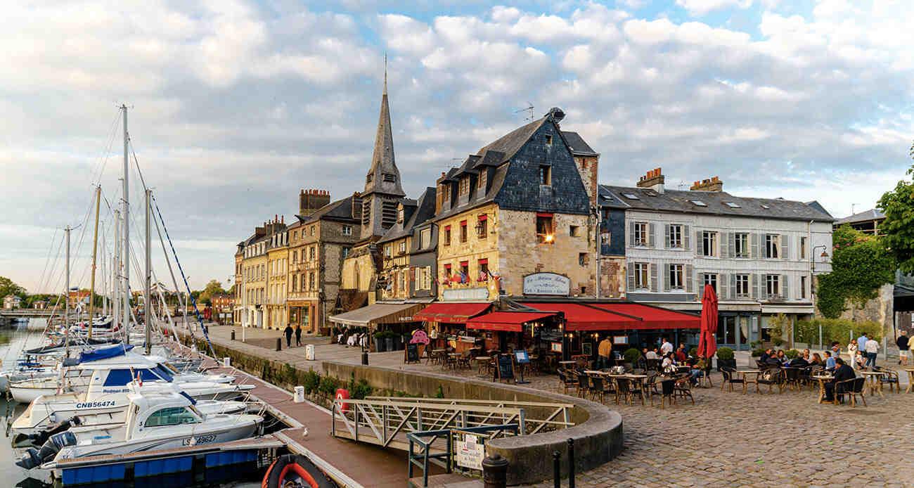 Comment se rendre à Deauville en Train depuis Paris?