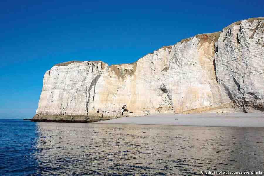 Quelle plage est ouverte en Normandie?