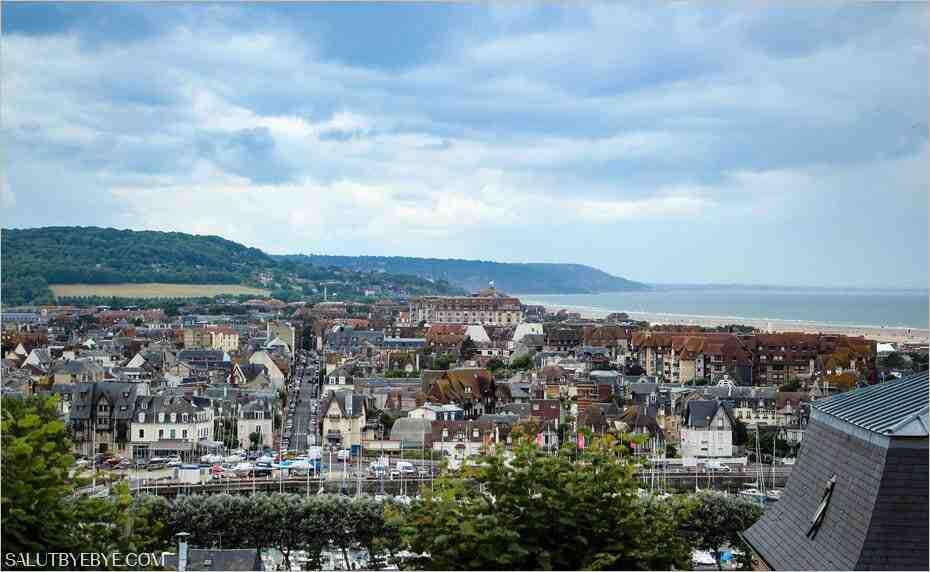 Comment aller de Deauville à Trouville-sur-mer?